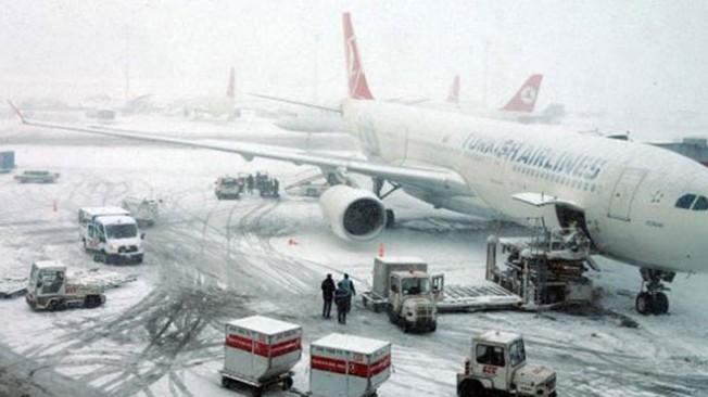 Ercan-İstanbul seferleri iptal...