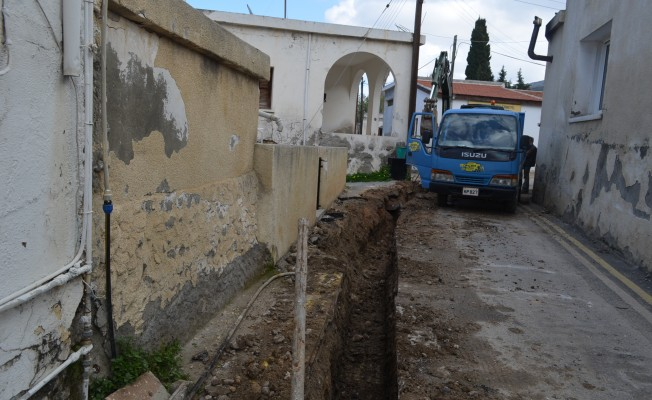 Beylerbeyi'ndeki su hatları yenileniyor