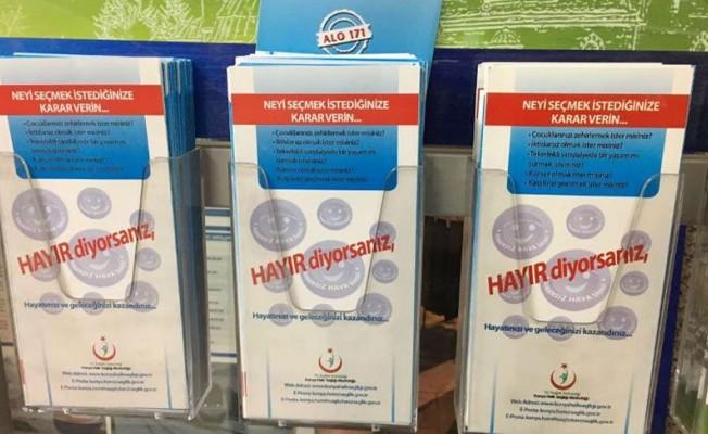 'Sigaraya hayır' afişi referanduma takıldı!