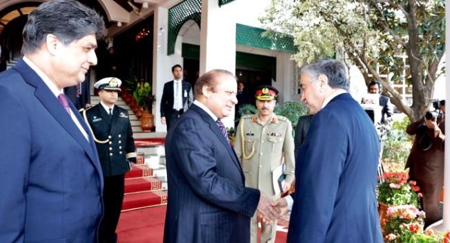 Akıncı, Pakistan Başbakanı ile öğlen yemeğine katıldı
