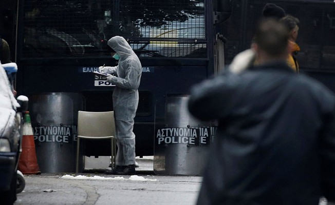 Atina'da, şüpheli paket alarmı