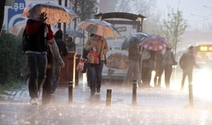 En fazla yağış Yenierenköy'e düştü.