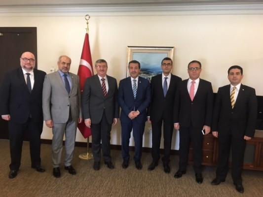 Ertuğruloğlu, Doha Büyükelçiliği'ni ziyaret etti