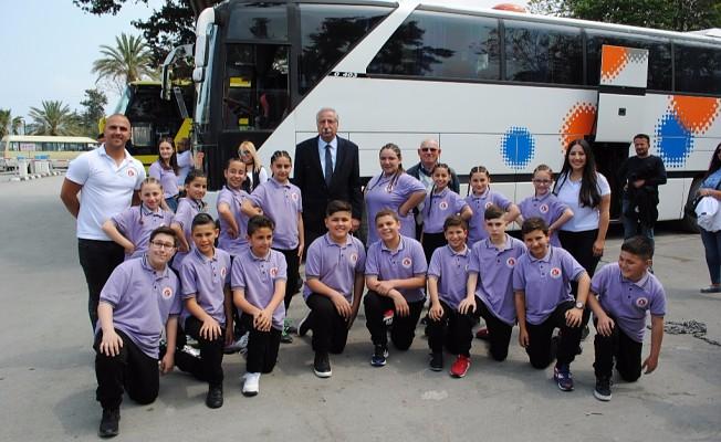 Girne Belediyesi Halk Dansları Topluluğu çocuk şenliğine katılacak