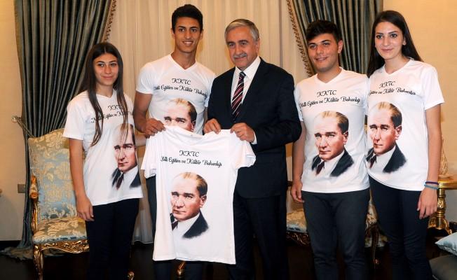 """""""Hedef, gençlere barış ve huzur içinde gelecek kurabileceğimiz Kıbrıs yaratmak"""""""