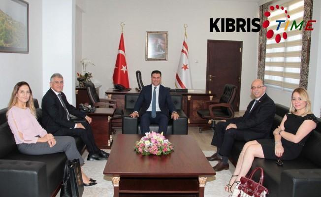 Limasol Türk Bankası'ndan Özgürgün'e ziyaret