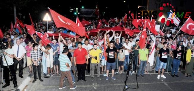 Demokrasi Zaferi ve Şehitleri anma gecesi düzenlendi