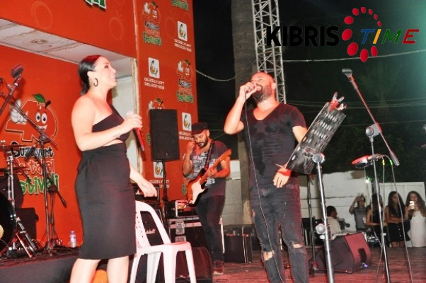 Festival'de yerli sanatçılar konser verdi