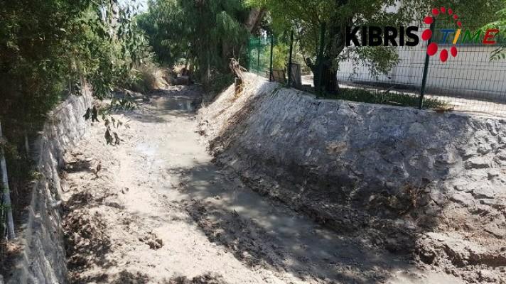 Karaoğlanoğlu deresindeki temizlik çalışmaları tamamlandı