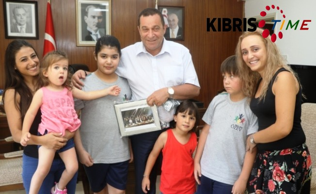 Serdar Denktaş, 58 yaşında.