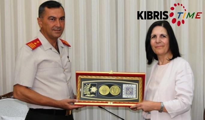 Siber, Güvenlik Kuvvetleri Komutanı'nı kabul etti