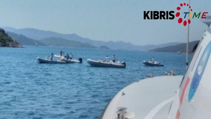 11 kişinin bulunduğu tur teknesi battı