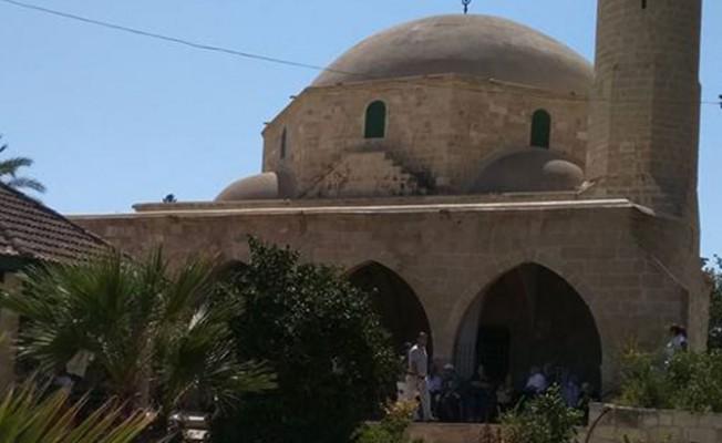 604 kişi Hala Sultan'ı ziyaret etti