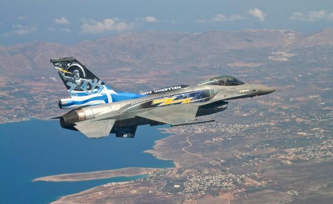 Yunan F-16'ları Güney Kıbrıs'ta
