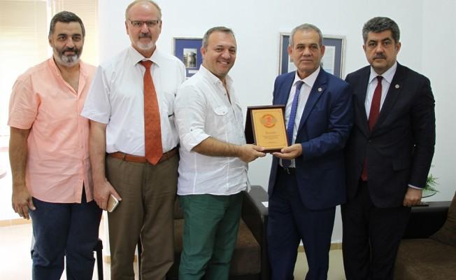 Karaca Dış Basın Birliği'ni ziyaret etti