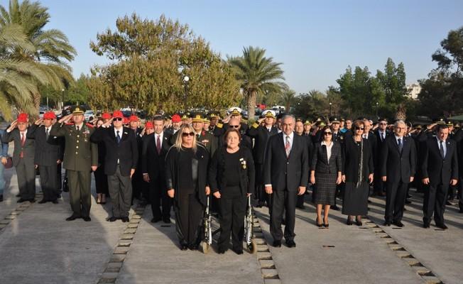 Kurucu Cumhurbaşkanı Denktaş törenle anıldı
