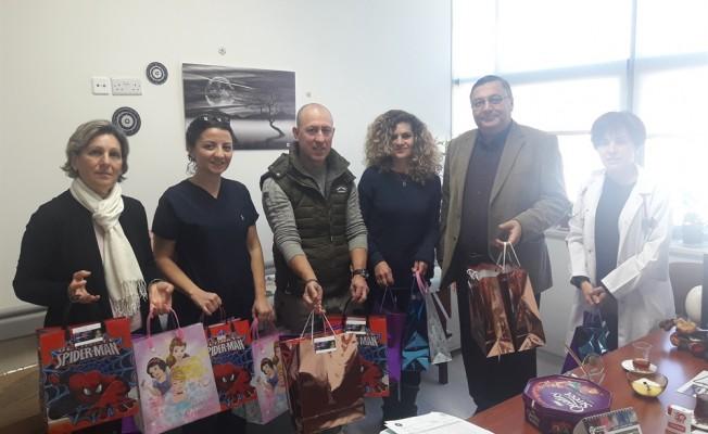 Tanyel'in Gülüşü Vakfı'ndan Onkoloji servisine ziyaret
