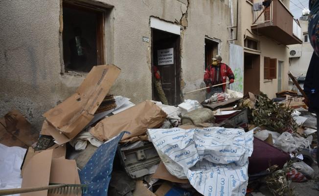 Surlariçi'nde 2 çöp ev LTB tarafından temizlendi