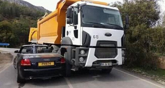 Arapköy kavşağındaki kaza ucuz atlatıldı