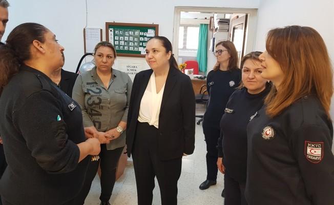 DP Kadın Örgütü Cezaevi'ni ziyaret etti