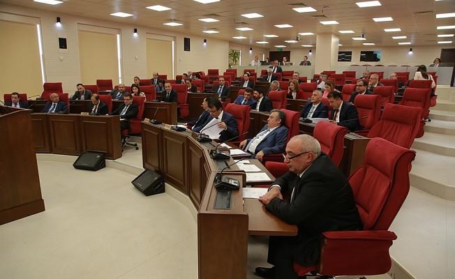 Meclis'te Maronitlere gelen yardımlar konuşuldu
