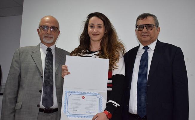 UFÜ'de başarılı öğrencilere sertifika...