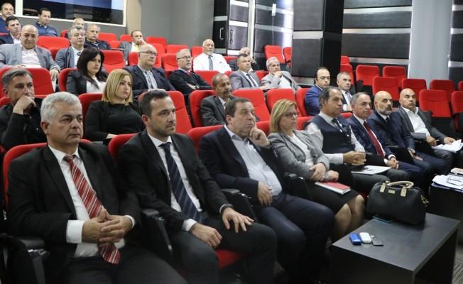 Denktaş, Sigorta Şirketler Birliği'nin toplantısına katıldı