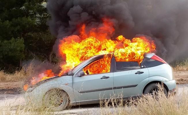 Araç tamamen yandı!