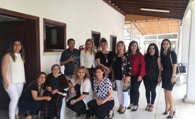 Güzellik Uzmanları Lapta Huzur Evi'ni ziyaret etti