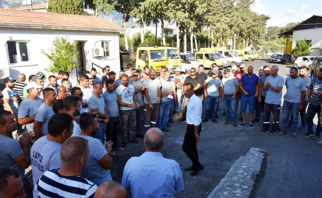 Lapta Belediye Başkanı Aktuğ görevine başladı
