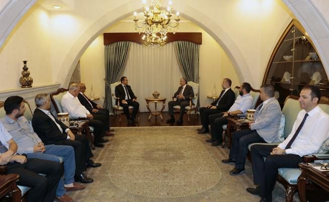 Akıncı, KITOB ve KITSAB başkanları ile görüştü