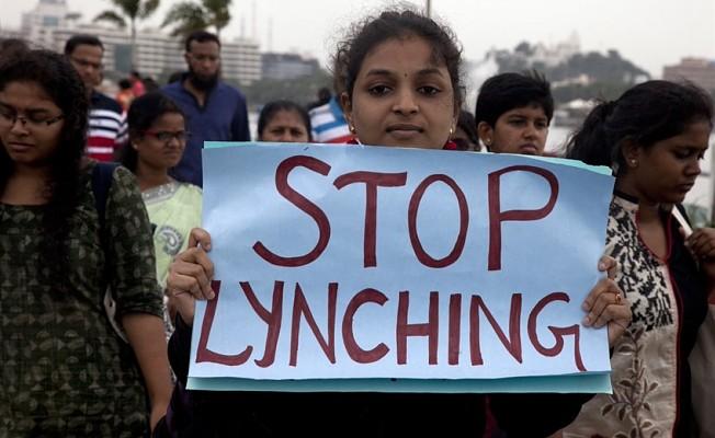 Hindistan'da 29 kişi linç edildi