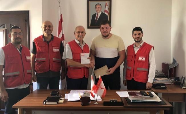 Üniversite öğrencilerinden Kızılay'a destek