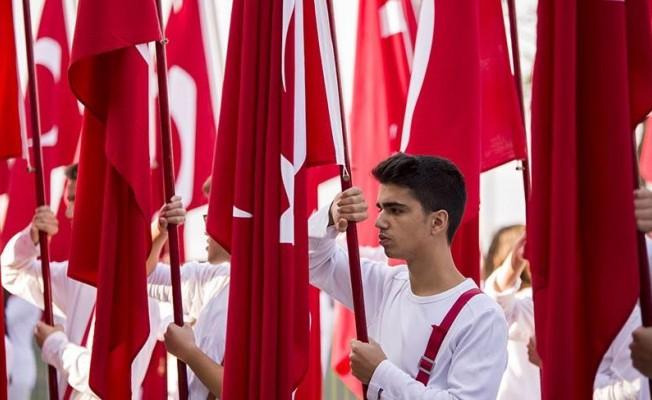 Milli bayramlar ve Atatürkçülük geri döndü!