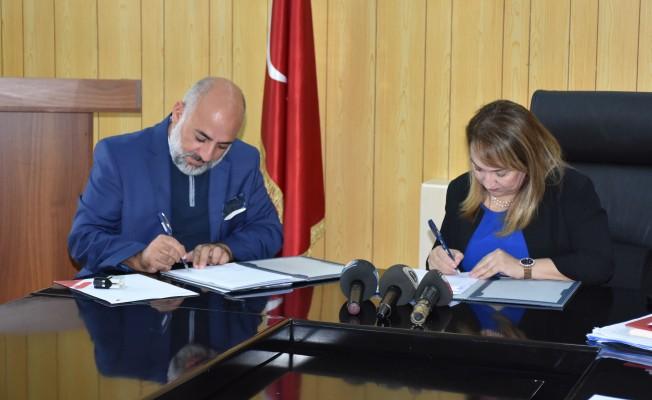 Güzelyurt Hastanesi'nin 2. etabı için imzalar atıldı