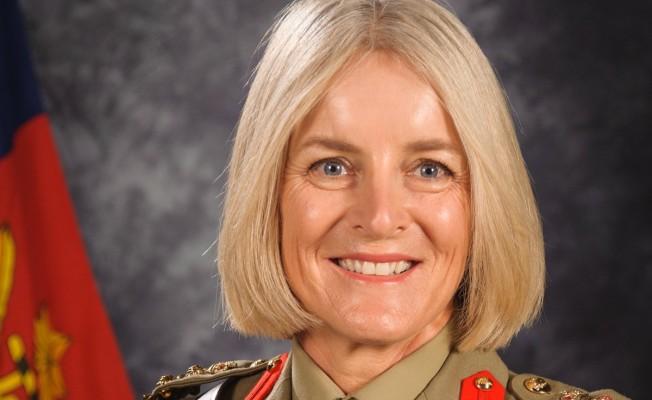 Barış Gücü komutanlığına Cheryl Pearce atandı