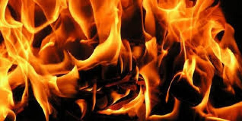 Girne'de yangın!