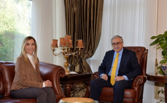 Akıncı, Kıbrıs Akademi'nin kurucusu, Dr. Feride Ersoy'u kabul etti