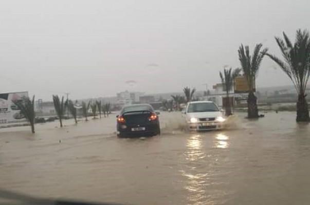 Çayırova-Tuzluca yolu su altında kaldı