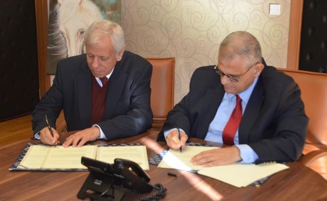 DAÜ ile Rauf Denktaş Üniversitesi arasında protokol