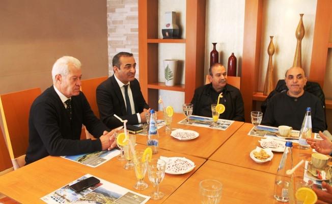 Türk ve Rum restoran işletmecileri biraraya geldi