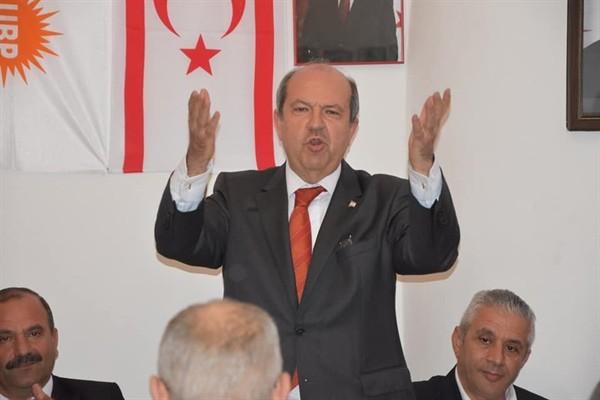 Tatar: Birinden biri istifa etsin!