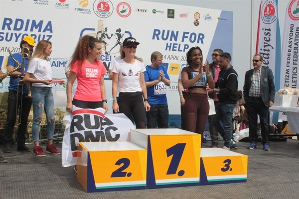 Girne Yarı Maratonu yapıldı...