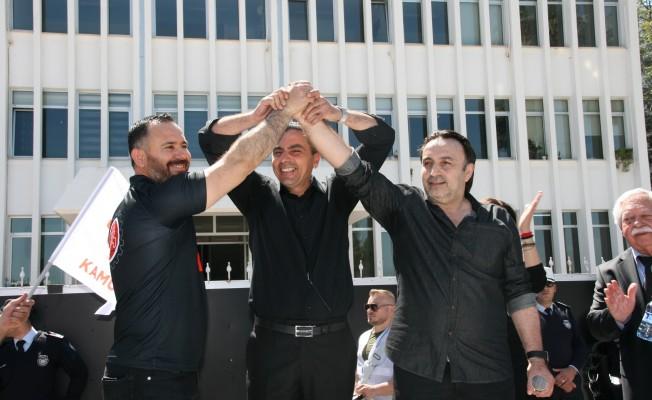 Üç sendika hükümetin ekonomi politikasını protesto etti