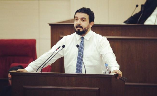 Zaroğlu'dan Denktaş'a 'bronzo' tepkisi!