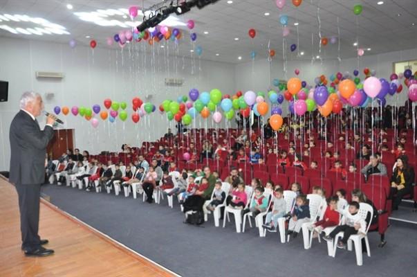 Özçınar Dünya Çocuk Günü'nü kutladı