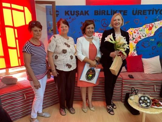 Spehar, Mağusa Kültür Derneği'ni ziyaret etti