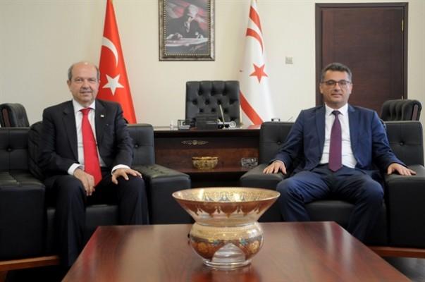 Tatar Başbakanlık görevini devraldı...