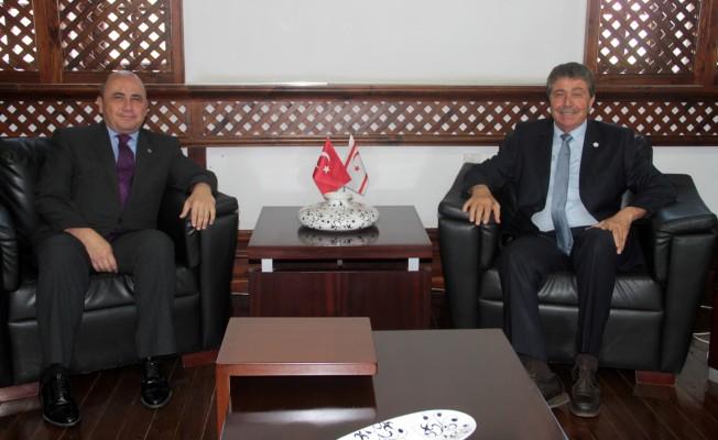 Büyükelçi Başçeri, Üstel'i ziyaret etti...