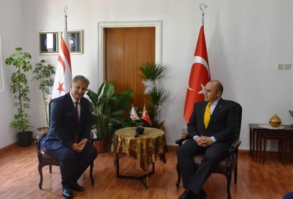 Büyükelçi, Pilli'yi ziyaret ederek, başarılar diledi